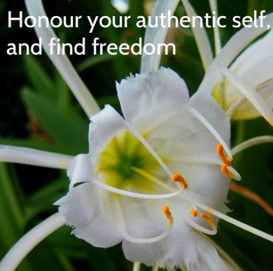 whiteflower_freedom